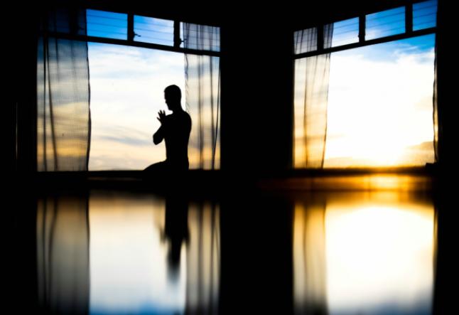 meditation outside the box