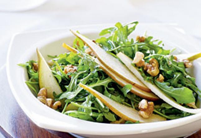 arugula and fresh pear salad