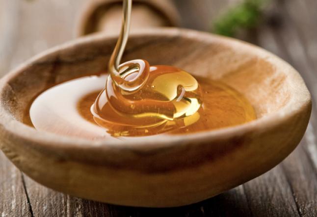 manuka honey face wash for acne-prone skin