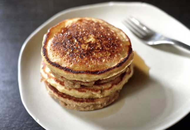 gluten-free pancake with maple syrup