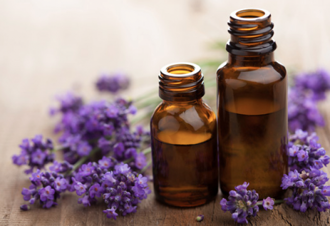 5 essential oils to enhance your yoga practice