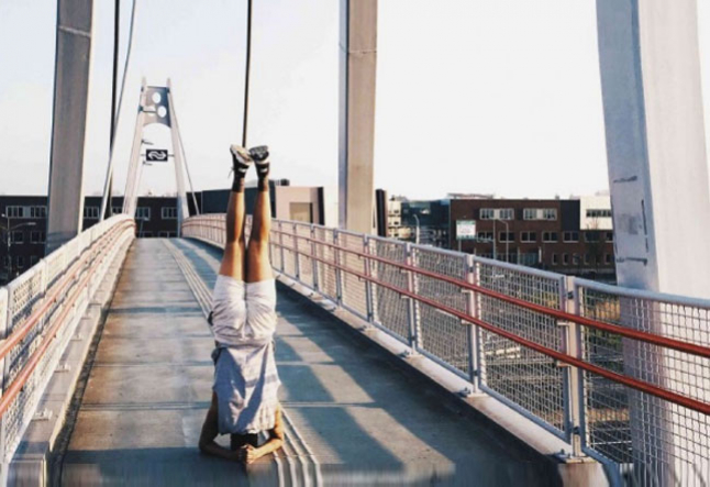 find your happy place in shirshasana