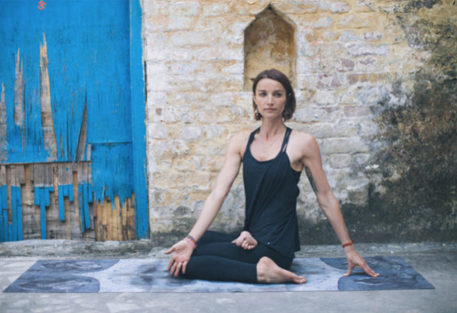 5 basic poses to increase strength and flexibility