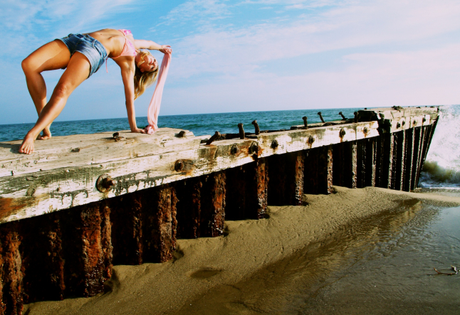 10 ways to bring more love into your hatha yoga practice!