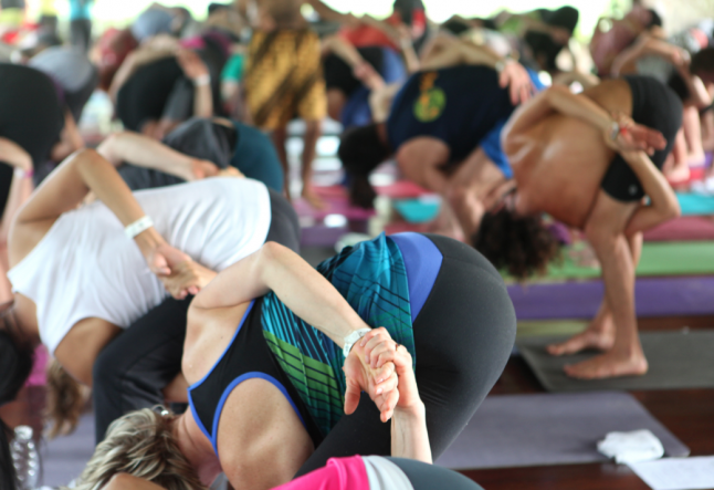 6 ways to become your own yoga teacher