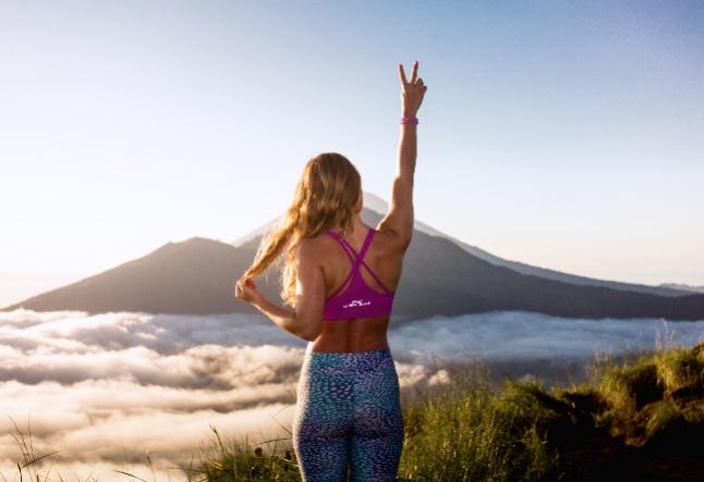 yoga pant fashion & trends