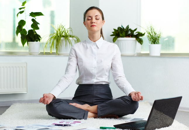 must-dos for promoting your new yoga studio online