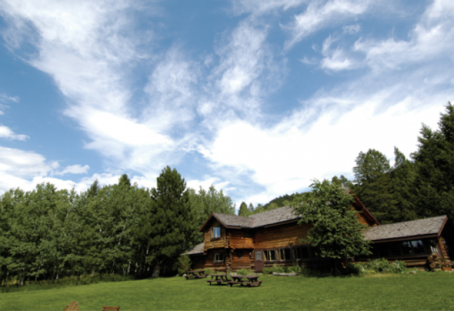 business tips to run a successful yoga retreat center