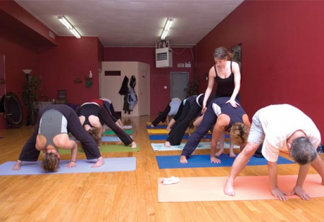 how to determine the value of a yoga teacher?