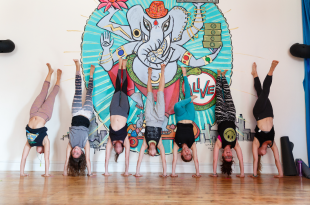 laughing lotus yoga center – nyc