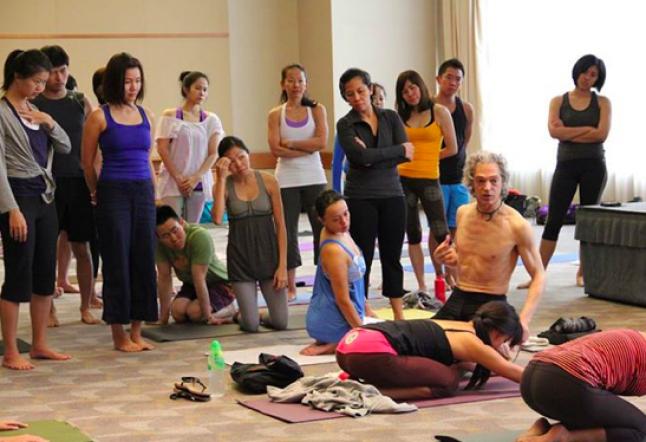 ayc evolution yoga conference