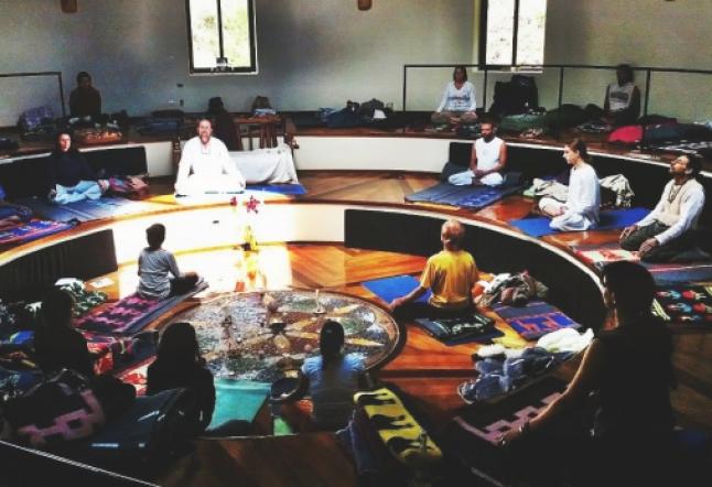 silent meditation retreat in peru