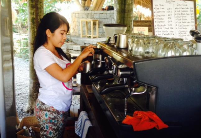 F.R.E.A.K café at green school