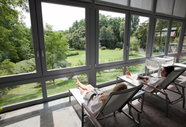 Buttermilk Falls Inn & Spa, the ultimate haven on the banks of the Hudson River.