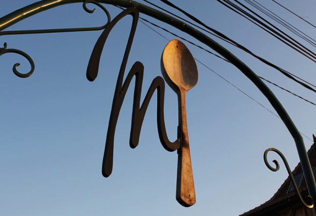 monsieur spoon french café and bakery in canggu