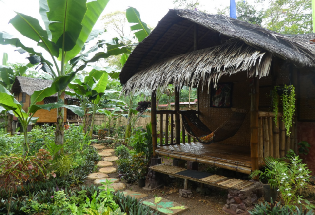 bahay kalipay raw food & yoga retreat house
