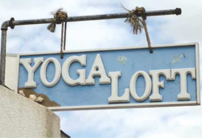 yoga and shopping in manhattan beach