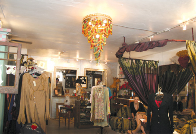 shop on tujunga avenue studio city