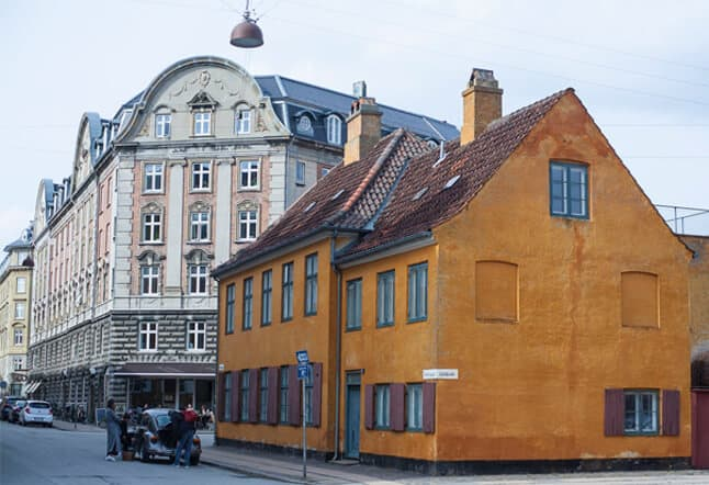 Hamsa Yoga Studio Copenhagen Classes Practice