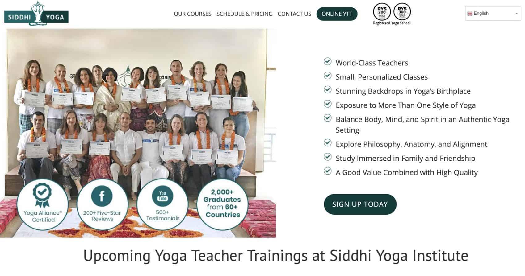 Captura de la website grupo de gente intructores de yoga online Escuela Internacional de Yoga Online Hacerse profesor o profesora de yoga con un curso de monitor intensivo en linea